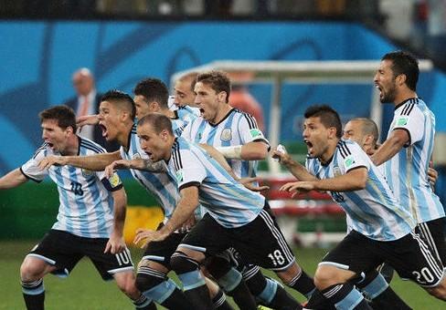 [视频]阿根廷点球4-2荷兰进决赛 - 运动基地 - 红