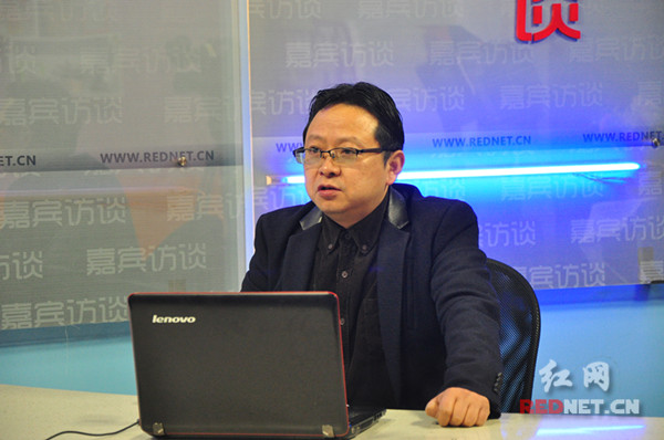 张政:坚持依法治安 促进安全生产