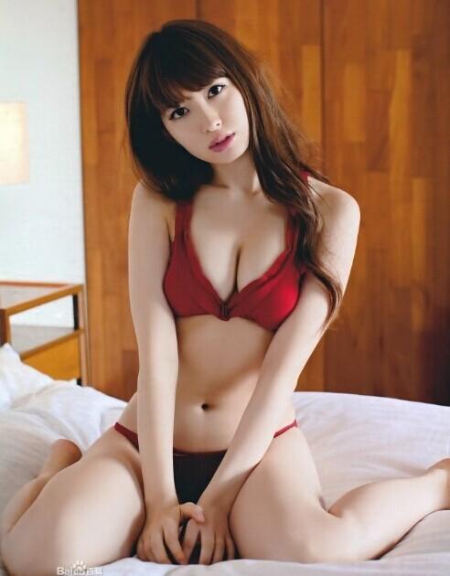 [视频]传日本女星小嶋阳菜将出自拍全裸写真集公开胸部