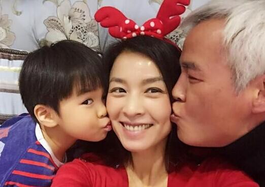 [视频]张庭为儿子庆生 网友称韦贵妃早有子嗣