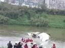 [视频]台湾客机正副机长遗体被找到 坠机前避开居民区(视频合集)
