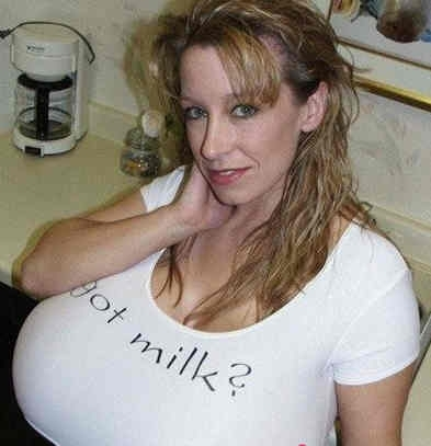 干大奶子视频_[视频]拥有世界上最大胸部的妹子 164x罩杯巅峰巨乳