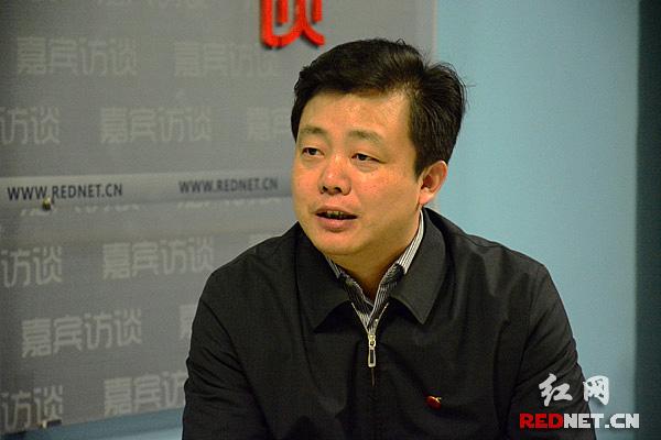 湖南省委全面深化改革领导小组办公室专职副主任秦国文。