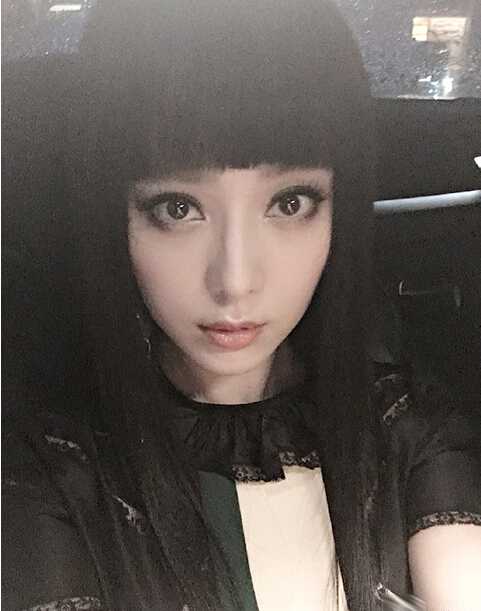 [视频]二次元美少女!齐刘海大眼睛图片