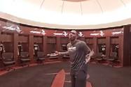 [VR]霍华德带你探秘火箭队更衣室