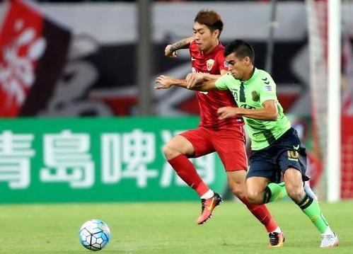 [视频]亚冠联赛:上海上港首回合战平韩国全北