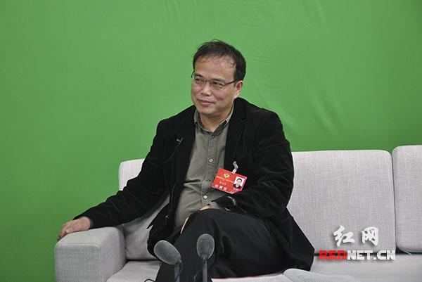 [新动能·嘉宾访谈]张灼华:以科技创新带动社会发展