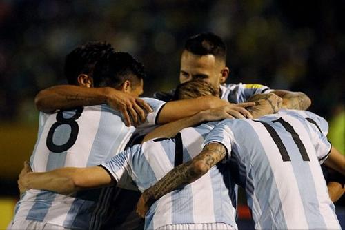[视频]【梅西上演帽子戏法!】帮助阿根廷再进一球