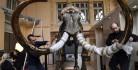 [视频]猛犸象遗骸法国拍卖 54万欧元成交