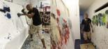 [视频]画家拳击作画 价格不菲热心公益