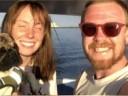 [视频]美国夫妇倾其所有购船远航 两天后翻船