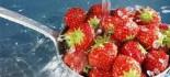 """[视频]草莓被评""""最脏蔬果"""" 专家教你如何清洗"""