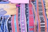 少数民族传统手工艺品展演展示