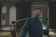 《共产党人刘少奇》精彩剧情⑥:九满独自一人外出求学 却遭遇老师戏弄